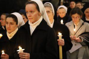 Bp Damian Muskus OFM w Dzień Życia Konsekrowanego: Posługa osób konsekrowanych świadczy o pięknie Ewangelii