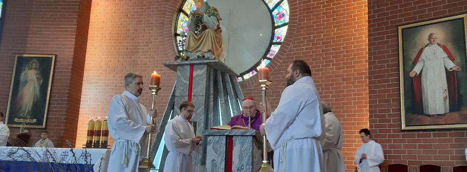 Bp Janusz Mastalski: słuchać Jezusa, to żyć na codzień Jego Słowem