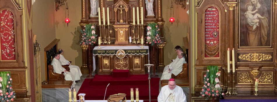 Bp Janusz Mastalski: Bierzmy przykład ze św. Józefa