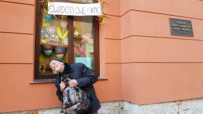 """Siostry duchaczki otworzyły """"Gwidonowe okno"""" dla bezdomnych przy ul. Szpitalnej"""