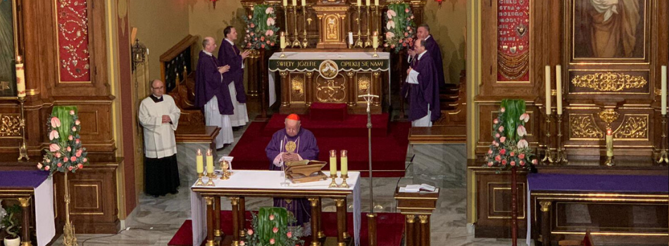 Kard. Stanisław Dziwisz odnowił akt zawierzenia Bożemu miłosierdziu dokonany przez św. Jana Pawła II