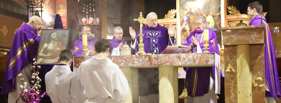 Kościół stacyjny św. Szczepana: Zachować łączność z papieżem Franciszkiem i wierność nauce Kościoła