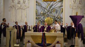Kościół stacyjny Matki Bożej Pocieszenia: Nadzieja życia wiecznego to najwspanialszy dar