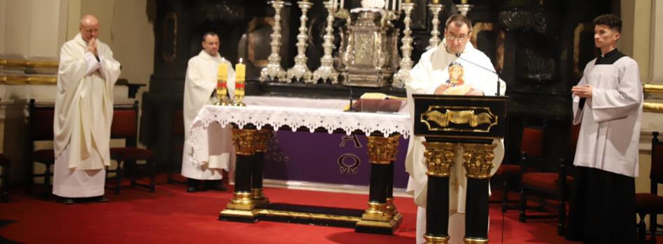 Liturgia stacyjna w kościele Nawrócenia św. Pawła: Naśladuj Maryję!