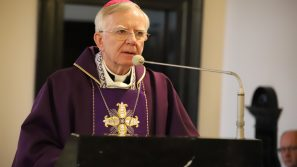 Abp Marek Jędraszewski apeluje o pozostanie w domach