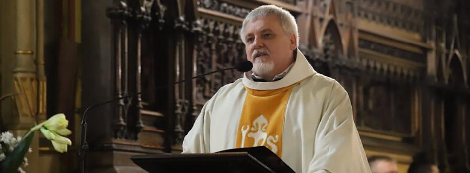 Liturgia stacyjna w bazylice św. Franciszka z Asyżu: Nie żyjmy w ciemności!