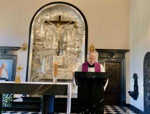 Rekolekcje dla Radia Maryja i Telewizji TRWAM: Cierpiąc z Chrystusem mamy udział w Jego chwale
