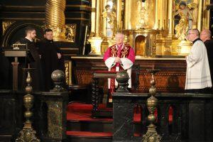 Droga Krzyżowa w Kalwarii Zebrzydowskiej: O wielkiej tragedii Piłata