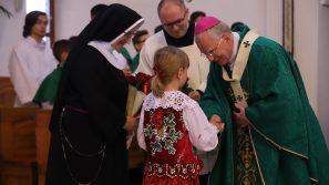 Abp Marek Jędraszewski: Siła polskiego narodu zależy od wychowania dzieci