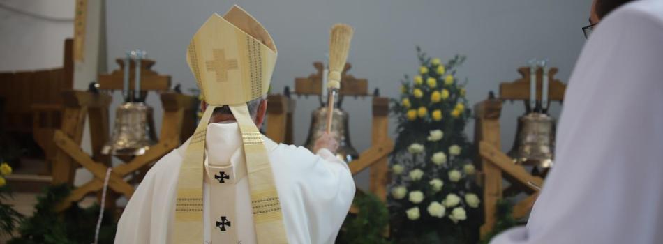 Abp Marek Jędraszewski do czcicieli Bożego Miłosierdzia: Wkrótce zabrzmią Dzwony Nadziei