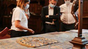 Na Wawelu odrestaurowano najstarszy istniejący element stroju koronacyjnego królów polskich