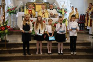 Abp Marek Jędraszewski w Dziekanowicach: O duchu szkoły decydują wartości