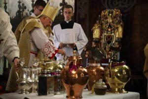 Abp Marek Jędraszewski podczas Mszy Krzyżma: Świat potrzebuje kapłanów, którzy są świadkami Chrystusa