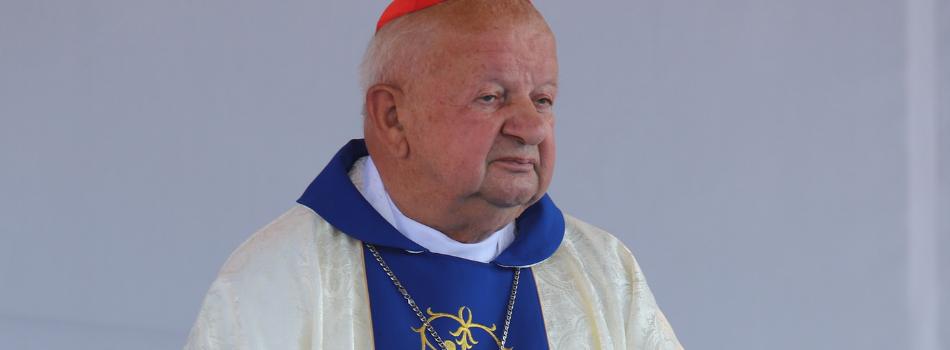 Kard. Stanisław Dziwisz w Zawadzie: Jesteśmy żywą koroną Maryi