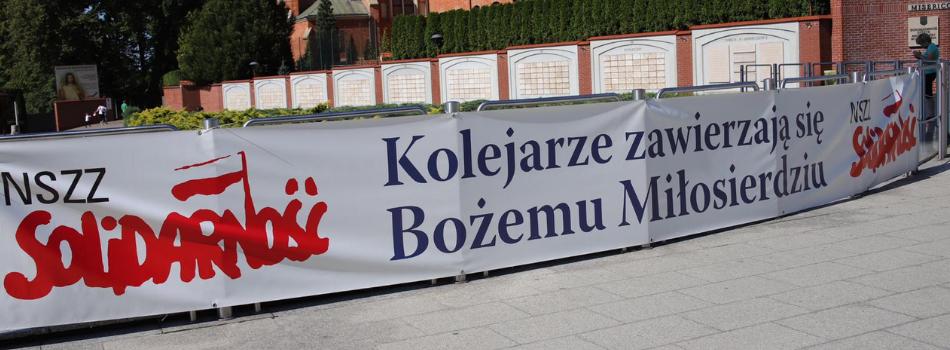 Abp Marek Jędraszewski do kolejarzy: Nie zapominajcie, że wasza godność budowana jest na Eucharystii