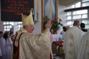 """Abp Marek Jędraszewski w Sieprawiu: """"Któż jak Bóg!"""""""