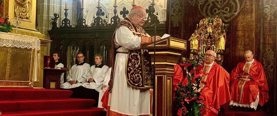 Kard. Stanisław Dziwisz w uroczystość św. Wacława: Zło pochodzi z odrzucenia Ewangelii