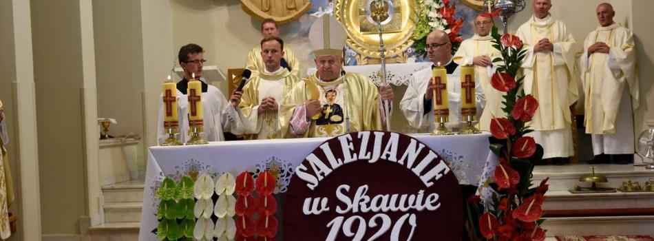Kard. Stanisław Dziwisz: Ukazujmy naszym młodym piękno chrześcijańskiego życia