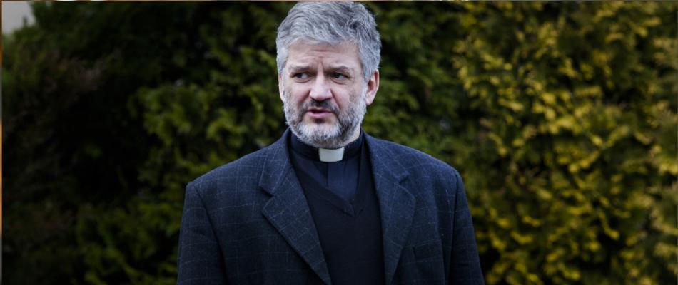 Ks. prof. Robert Skrzypczak: Widać ewidentne, rażące w oczy próby dyskredytowania, przekazania pogardy w stosunku do św. Jana Pawła II, jego moralnego i duchowego autorytetu