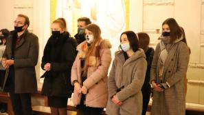 Abp Marek Jędraszewski do młodych: Bóg chce byśmy przez swą ofiarną miłość byli stróżami życia