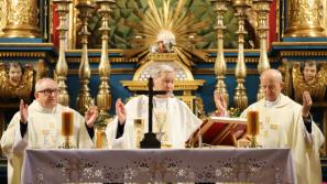 Bp Jan Zając podczas dni skupienia dziewic konsekrowanych: Każdy z nas swym życiem głosi Dobrą Nowinę