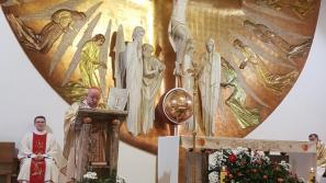 Kard. Stanisław Dziwisz w Zgromadzeniu Świętego Michała Archanioła: To wy realizujecie charyzmat waszego błogosławionego Założyciela
