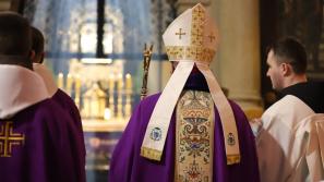 Prymicyjna Msza św. bp. Roberta Chrząszcza w Sanktuarium Pasyjno-Maryjnym w Kalwarii Zebrzydowskiej