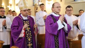Bp Robert Chrząszcz w seminarium: wasza posługa to podawanie zgłodniałym braciom chleba Bożego Słowa i Najświętszej Eucharystii