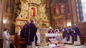 Modlitwa pokutna kapłanów Archidiecezji Krakowskiej w Sanktuarium Matki Bożej Ludźmierskiej