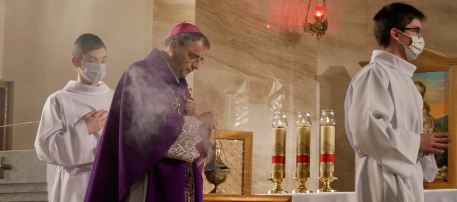 Bp Robert Chrząszcz podczas liturgii stacyjnej o powodach, dla których należy przebaczać