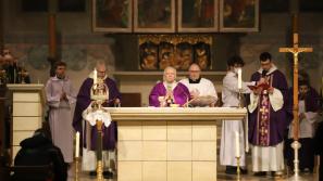 Liturgia stacyjna w Sanktuarium Krzyża Świętego w Mogile: Bóg fundamentem prawdziwego humanizmu