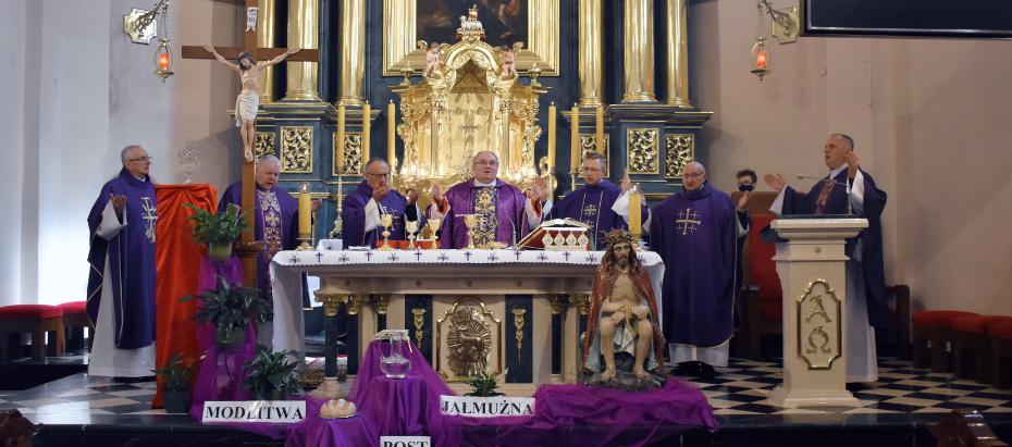 Bp Janusz Mastalski o potrzebie wzmacniania kapłańskiej wspólnoty