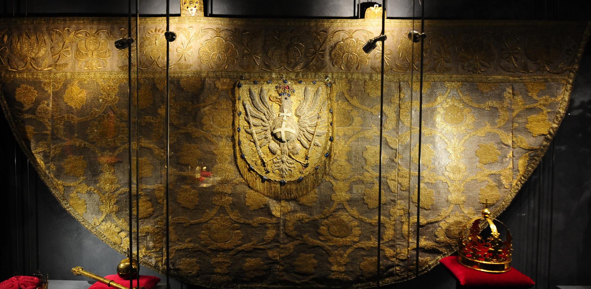 Zakończenie konserwacji kapy koronacyjnej