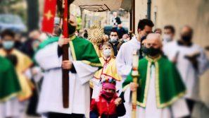 Bp Robert Chrząszcz: Jesteśmy w drodze do naszego Emaus