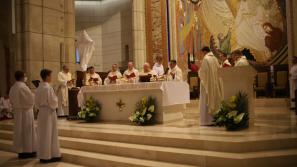 Kard. Stanisław Dziwisz w Wielki Czwartek: Eucharystia to dar Chrystusowej miłości do świata i człowieka