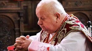 Kard. Stanisław Dziwisz w Wielki Piątek w Kalwarii Zebrzydowskiej: Uwierzmy w Miłość, która zbawia świat