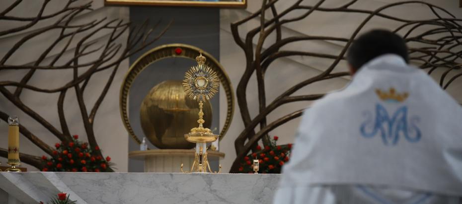 Modlitwa przed Najświętszym Sakramentem online