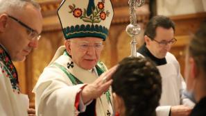 Abp Marek Jędraszewski do młodych: Narodźcie się na nowo dla Chrystusa mocą Ducha Świętego