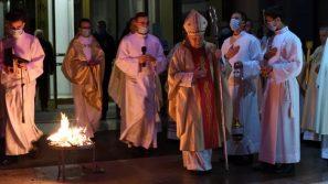 Bp Jan Zając: Jezus nie należy do przeszłości, ale żyje w teraźniejszości