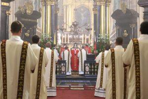 Abp Marek Jędraszewski do diakonów: Ostateczne zwycięstwo jest w Chrystusie, który jako Dobry Pasterz do końca nas umiłował