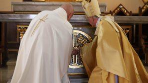 Abp Marek Jędraszewski w Strumianach: Wszyscy jesteśmy świątynią Boga i miejscem Bożego upodobania