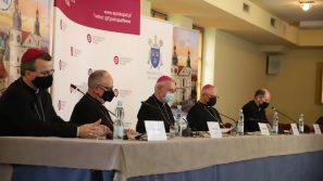 Biskupi o aktualnych kwestiach Kościoła w Polsce. Komunikat po obradach