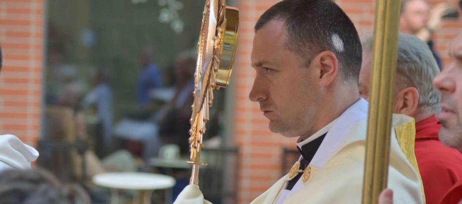 Uroczystość Bożego Ciała – popołudniowe procesje Eucharystyczne w Krakowie