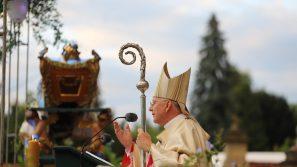 Abp Marek Jędraszewski w Kalwarii Zebrzydowskiej: Z Maryją nie utracimy wiary i nadziei