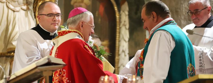 Abp Marek Jędraszewski w Niedzicy: Kościół i ta sama wiara wspólnym domem dla wszystkich