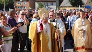 Abp Marek Jędraszewski w Skępem: Uczyć się miłości od Maryi